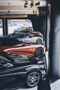 Автомобили, автоуслуги